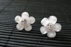New to StumblingOnSainthood on Etsy: Flower Earrings: Pale Pink Blush Daisy Flower Earrings with Rhinestones. Silver Post Earrings. Handmade Jewelry. (9.00 USD)
