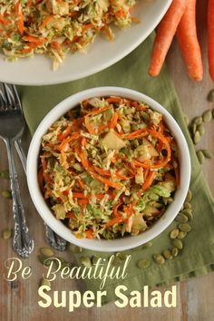 Detox Salad: Brussel Sprouts Carrots Apples Pumpkin Seeds (use honey instead of maple syrup for SCD) Clean Eating Recipes, Raw Food Recipes, Diet Recipes, Healthy Eating, Healthy Recipes, Healthy Foods, Recipies, Detox Salad, Anti Inflammatory Diet