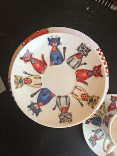 Pottery Painting, Ceramic Painting, Ceramic Art, Painted Plates, Ceramic Plates, Hand Painted, Glaze Paint, One Stroke Painting, Painting Patterns