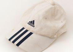 「すぐ水洗いはNG」薄汚れた帽子をキレイにする凄ワザ
