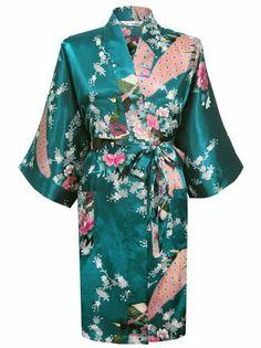 50aef7b70c Amazon.com  Swhiteme Women s Kimono Robe (Short