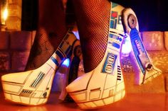 R2-D2 LED Pumps | Cool Things To Buy For