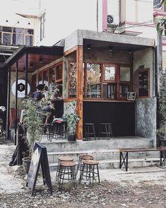 Flowers For Home Decoration Info: 4547941430 Cafe Shop Design, Coffee Shop Interior Design, Small Cafe Design, Coffee Design, Small Coffee Shop, Coffee Shop Bar, Coffee Store, Japanese Coffee Shop, Coffee Cafe