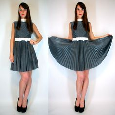 Vintage 60s SPACE AGE Avant Garde crepe Full Circle Accordion Pleated Skirt Mini Dress Metallic Silver High Fashion prom Party Cocktail