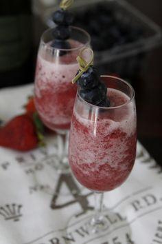 Frozen Berry Bellini from @Paula - bell'alimento