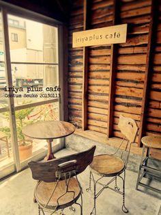 スケルトンの状態+壁は木摺り板( #テナント 区画として稀少)をそのままマテリアルとしています。費用対個性、抜群です! #カフェ  #インテリア