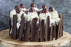 Schwarzwaldský višňový dort Destiel, Card Holder, Foods, Cakes, Food Food, Rolodex, Food Items, Cake Makers, Kuchen