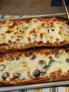 Recipe for French Bread Pizza done right - It's fast and simple and perfect for beginning kiddos who want to learn to cook. Most recipes similar to this one that I've tasted end up with a soggy crust… the trick here is to bake it fast and at a really high temperature!