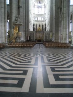 Amiens Labyrinth, Amiens Cathedral in France