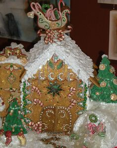 2008 DBAC Gingerbread House Winner by paradoxpastry21, via Flickr