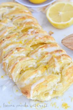 This flaky Lemon Cream Cheese Danish is an easy breakfast or brunch recipe made with puff pastry and filled with a creamy, sweet and tart filling. This is the perfect pretty but easy recipe for Mother's Day brunch. by johanna Puff Pastry Desserts, Puff Pastry Recipes, Lemon Desserts, Lemon Recipes, Danish Recipe Puff Pastry, Recipes Using Lemon Curd, Pastries Recipes, Brunch Dessert Recipe, Brunch Recipes