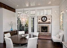 I love panelled ceilings. So fresh!