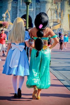 Alice and Jasmine, I LOVE seeing different characters from different movies interact with each other :)