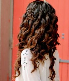 Grecian Hairstyles: Loose Curls And High Braid