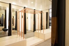 Sheryl Leysner   Interior Architecture & Project Management    De Bijenkorf   Amsterdam   Fitting rooms   Retail   Casual   Copper   Black curtain  