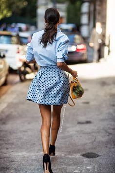 Moda de Rua: Maxi camisa azul - Streetstyle: Over size blue shirt