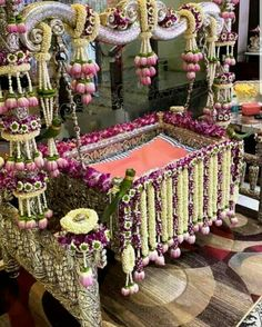 Diy Mehndi Decorations, Housewarming Decorations, Floral Wedding Decorations, Flower Decorations, Naming Ceremony Decoration, Marriage Decoration, Ceremony Decorations, Cradle Decoration, Cradle Ceremony