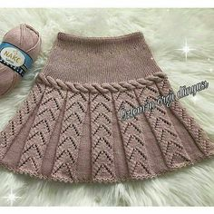 Baby Dress Girl Skirts Ideas For 2019 Knitting Baby Girl, Knitting For Kids, Crochet Baby, Knit Crochet, Girls Knitted Dress, Knit Baby Dress, Black Crochet Dress, Baby Skirt, Easy Knitting Patterns