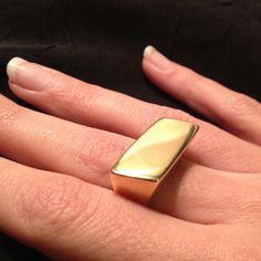 Build ring 18k gold   $200