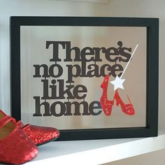 I am leaning towards a A Wizard of Oz themed room when I decorate my daughter's new room...