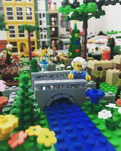 🎵Saturday in the park🎵 #lego #legocity #legomodular #afolclub #afol