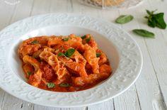 La trippa alla romana è un antica ricetta della cucina tradizionale povera, diventato un piatto nobile, da gustare al profumo di menta romana e pecorino!
