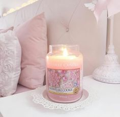 ♡Breakfast at Chloe's♡ pink candle aesthetic pretty Princess Aesthetic, Pink Aesthetic, Snowflake Cookies, Rose Pastel, Everything Pink, Christmas Aesthetic, Pink Christmas, Pillar Candles, Yankee Candles