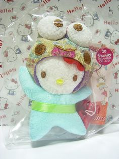 """HELLO KITTY Keroppi Sanrio JAPAN Puroland Chirimen Plush Doll Charm Strap NWT : *Condition* NEW! Released in 2007 Exclusive to Sanrio JAPAN Puroland only! *Size* About 3.7"""" (9.5cm) in height 49.99-69.99 (4/4.50/5)"""