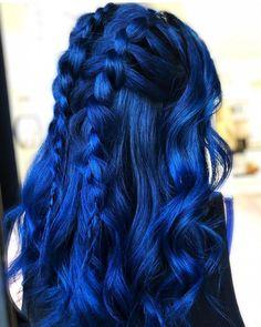 Cheveux Bleus Midnight blue hair A Few Suggestions For The Indoor Gardener Whereas all crops are fai Hair Dye Colors, Hair Color For Black Hair, Cool Hair Color, Indigo Hair Color, Hair Styles With Color, Arctic Fox Haarfarbe, Midnight Blue Hair, Arctic Fox Hair Color, Artic Fox Hair