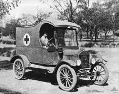 Ford Model T Ambulance Australian army WWI World War One, First World, Old American Cars, Hispano Suiza, Little Truck, Local Hero, Old Classic Cars, Emergency Vehicles, Ford Models
