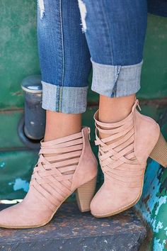 Roman Cross Style Strap Boots – Chiclotte Chunky Heels, Chunky Boots, Thick Heels, Sexy Boots, High Heel Boots, Ankle Boots, Pink Toes, Style Summer, Wedding Shoes