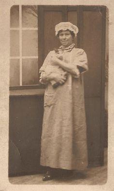 Cat lady vintage