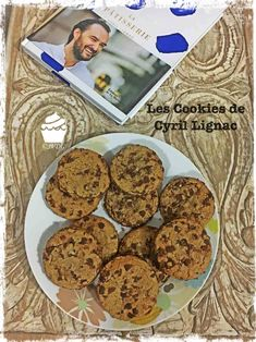Les Cookies de Cyril Lignac – Je Veux des Gourmandises Brownie Cookies, Cupcake Cookies, Cake Form, Ricotta, Dog Food Recipes, Cooking Recipes, Panna Cotta, Cake Factory, Drip Cakes
