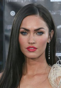 color megan fox hairstyles | Megan Fox Hairstyles 2011 Megan-Fox-Hairstyles-2011 (2) – Hairstyles ...