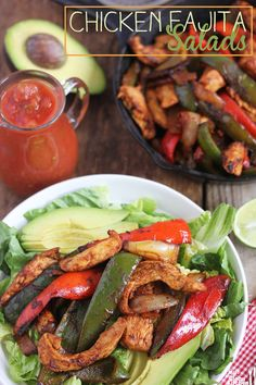 Chicken Fajita Salad / I think the fajita mix looks good just on it's own, but all of this is 21 Day Fix compliant. veggies = green container(s).and if it equal(Fajita Mix Recipes) Paleo Recipes, Mexican Food Recipes, Real Food Recipes, Chicken Recipes, Cooking Recipes, Mexican Dinners, Dinner Recipes, Fajita Mix, Fajita Seasoning