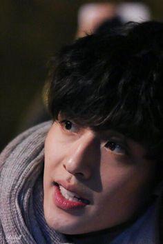 """베개 on Twitter: """"이게 화보가 아니라 퇴근길이라니 ㅇ<-<… """" Kang Haneul, Ideal Type, Moon Lovers, My Person, Angel Eyes, Cute Actors, Airport Style, Musical Theatre, Hot Boys"""
