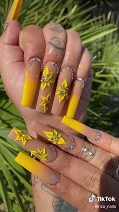 Bling Acrylic Nails, Acrylic Nails Coffin Short, Summer Acrylic Nails, Best Acrylic Nails, Coffin Nails, Edgy Nails, Glam Nails, Dope Nails, Aycrlic Nails