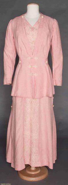 PINK LINEN WALKING SUIT, 1912 V neck dress w/ soutache trim, fitted jacket w/ long peplum