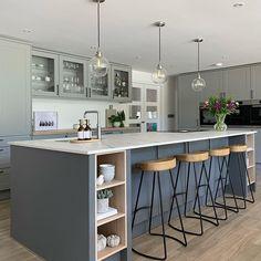 Open Plan Kitchen Dining Living, Open Plan Kitchen Diner, Living Room Kitchen, Home Decor Kitchen, Interior Design Kitchen, Home Kitchens, Grey Kitchen Diner, Kitchen Island With Sink, Modern Kitchen Island