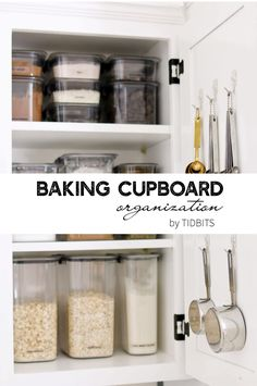 Baking Cupboard Organization Have a well organized baking cupboard is essential to avoiding stress in the kitchen. I have come up with a pretty good method of storing my baking supplies and organizing ingredients with clear, easy to find containers. Kitchen Ikea, Kitchen Cupboards, Kitchen Hacks, Canisters For Kitchen, Kitchen Pantry Cupboard, Kitchen Sink Decor, Pantry Diy, Kitchen Pantries, Kitchen Set Up