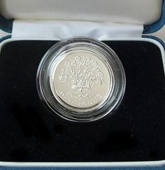 Items similar to 1991 UK Silver Proof One Pound Coin COA & box Royal Mint Vintage on Etsy One Pound Coin, Flax Plant, Valentines Day Hearts, Etsy Vintage, Coins, Artisan, Unique Jewelry, Etsy Shop, Handmade Gifts
