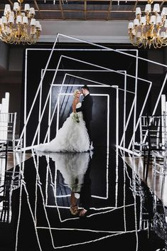 pro Minimalist wedding decor can be in different styles. We have collected the best minimalist ideas in our gallery. White Wedding Decorations, Wedding Stage Decorations, Black And White Wedding Theme, Black Wedding Decor, Luxury Wedding Decor, Wedding Trends, Wedding Designs, Modern Minimalist Wedding, Black Decor