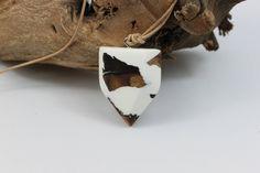 Ein persönlicher Favorit aus meinem Etsy-Shop https://www.etsy.com/de/listing/537264621/holz-harz-halskette-necklace-resin-wood