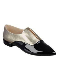 Treasure Pointy Toe Loafers
