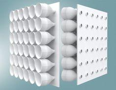 ECO COOLER: São feitos furos no papelão, e preenchidos com garrafas pet. Após finalizado, o ar-condicionado é colocado na frente da porta ou janela. O efeito refrigerador é imediato podendo atingir – 12º celsius.  Isso acontece pois o ar quente entra nas garrafas pelo lado de fora e depois manda um ar mais frio pra fora pela passagem da garrafa. Além de ajudar na refrigeração deste lugar, também incentiva a reciclagem.