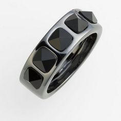 Marc by Marc Jacobs Black Ice Cubes Stud Ring. Starting at $17 on Tophatter.com!