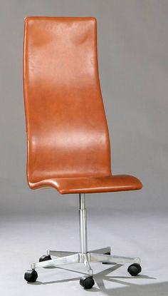 Arne Jacobsen Oxford bureau stoel, gemaakt door Fritz Hansen. 1960s design