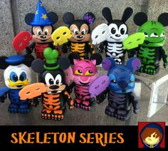 Custom Skeleton Vinylmation Series by Are-Jay.