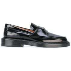 Maison Margiela coin detail mocassins (€805) ❤ liked on Polyvore featuring shoes, black, black shoes, kohl shoes, slip on shoes, cut out shoes and moccasin shoes