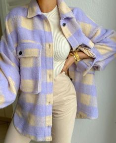 casual outfits for school / casual outfits . casual outfits for winter . casual outfits for women . casual outfits for work . casual outfits for school . Retro Outfits, Mode Outfits, Cute Casual Outfits, Fashion Outfits, Fashion Ideas, Fashion Hacks, Fashion Tips, Fashion Clothes, Party Fashion